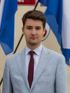 Wojciech Firek – student prawa na Wydziale Prawa i Administracji Uniwersytetu Jagiellońskiego, Prezes Stowarzyszenia Demokracja w Praktyce.