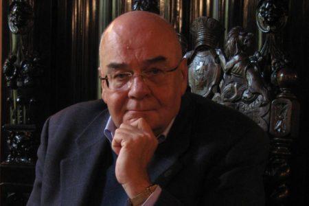 Jerzy Zajadło – profesor nauk prawnych, specjalista w zakresie teorii i filozofii prawa, wykłada na Wydziale Prawa i Administracji Uniwersytetu Gdańskiego