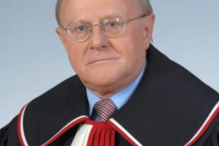 Prof. Stanisław Biernat
